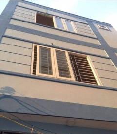Bán nhà 4 tầng xây mới, ngõ 2.5m phố triều khúc .gần đường ô