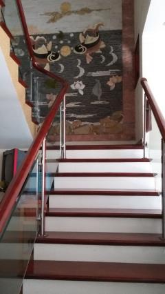 Nhà giả biệt thự siêu đẹp còn mới ở cột 8 phường hồng hà bán