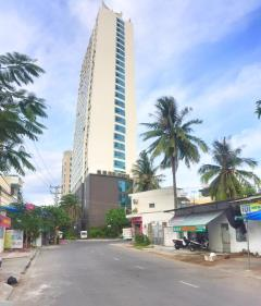 Lô đất xây khách sạn trên đường dương hiến quyền
