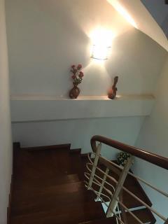 Bán gấp nhà phố trần duy hưng, 70m2, 5 tầng, mt 5m giá 5.5tỷ