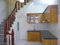 Nhà riêng giá rẻ tổ 6 đa sĩ,kiến hưng,hđ 34m2*4 tầng(sđcc)