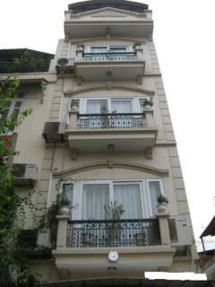 Giá cực sốc,nội thất gỗ lim 91m4 tầng,quỳnh mai-hbgiá cực st