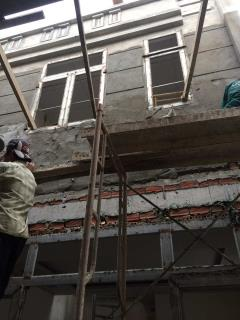 Cần bán gâp nhà mới xây , tặng nội thất cao cấp ,sổ hồng