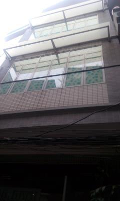 Bán chung cư 7 tầng mi ni 90m2 đường láng giá 5.3 tỷ.