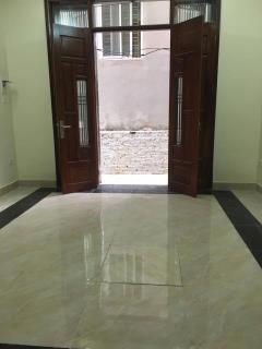Nhà phân lô văn quán 36m, 4 tầng mới, trục ngõ chính  lh 09