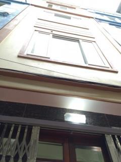 Nhà đường ỷ la  dương nội  hđ diện tích 35m2x3 tầng, giá: