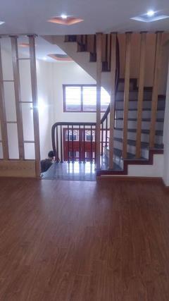 Chính chủ bán nhà ngõ 543 nguyễn trãi 40m2   4.5 tầng  3.1