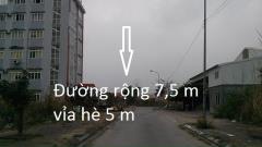 Bán đất biệt thự đô thị hà khánh a lô a5 dt 375 m2 mt 15 m.