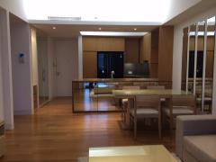 Bán căn hộ tại indochina plaza xuân thủy cầu giấy,93 m2