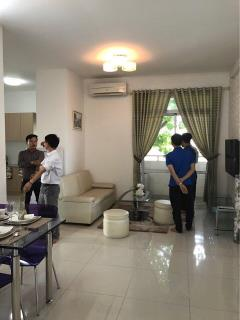 Bán gấp căn hộ cao cấp sàn gỗ full nội thất 2 pn - qbình tân