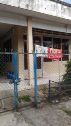 Bán nhà xây kiên cố chữ l, cuối đường khu tái định cư cầu bầ