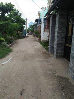 Bán nhà xã phú đông diện tích 100m2 sạch mát thoáng đường 6m