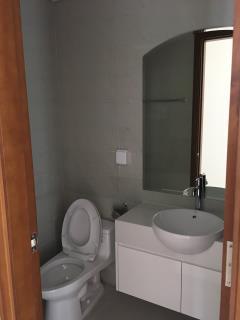 Bán căn hộ 2pn nội thất thông minh vinhomes giá chỉ 3.29 tỷ