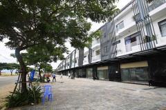 Nhà 3 tầng luxury mặt tiền 34m cạnh vinhomes golden hill
