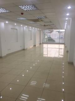Cho thuê văn phòng tại tòa nhà vp phố quán thánh. 0963352459
