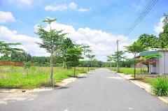 Bán gấp lô đất 2 mặt tiền đường phạm tuấn tài giá 24tr/m2