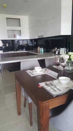 Cần bán chung cư cc hpc landmark hà đông full nội thất