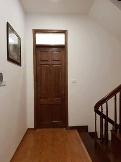 Gia đình bán căn nhà 40m2*5t xây hiện đại