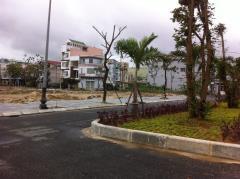Bán lô đất giá rẻ 572 triệu/100m2 đối diện công viên