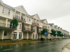 Nhà phố quận 9 giá rẻ khu compound đã hoàn thiện
