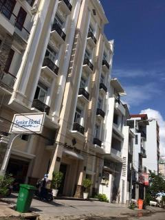 Cho thuê nhà 6 lầu có 10 phòng ngủ ngay trung tâm thương mại