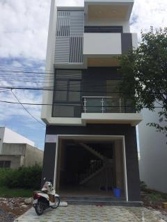 Cho thuê nhà 2 lầu mới xây gần big c cần thơ tiện văn phòng