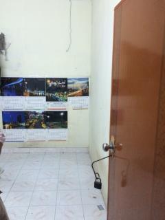 Phòng tân bình giá 1tr/th, dt 12m2 số 127 ni sư huỳnh liên