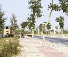 Bán 02 lô biệt thự view sông 250m2, cạnh bãi tắm biển,resort