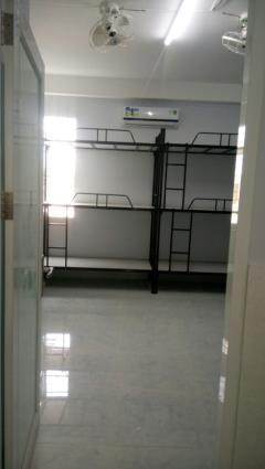 Phòng ktx máy lạnh 30m2 gần đh ngoại thương giá rẻ 500k/th