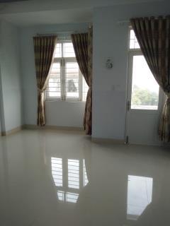Nhà bán gấp, xin vui lòng liên hệ 0905497272