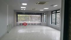 Cho thuê nhà mặt phố chùa láng 1800m2, giá 320tr/ tháng