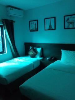 Bán khách sạn mini nguyễn chí thanh 20 phòng 7,5 tầng