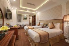 Cho thuê khách sạn 80 phòng 13 tầng mặt phố quận ba đình