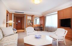 Bán khách sạn mặt phố đồng bông 10 tầng mt 8m mới 100%