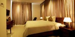 Bán khách sạn 25 phòng mặt ngõ to 7 tầng 17 tỷ