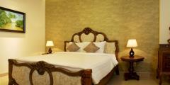 Cho thuê khách sạn 21 phòng trung kính mới 100%