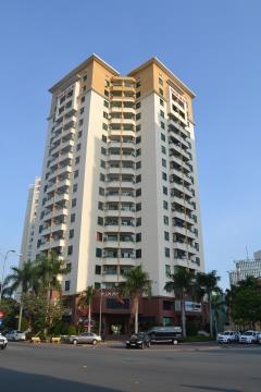 Cho thuê căn hộ lầu 1 .cao ốc an cư ,phường an phú.quận 2 hc
