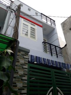 Bán nhà mới xây 4,5 x17 1 tấm suốt, nở hậu, 2500