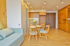 Bán căn hộ chung cư cao cấp sunrise city,lh: 0902600191.