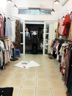 Sang nhượng cửa hàng thời trang tại 359 thụy khuê , tây hồ ,