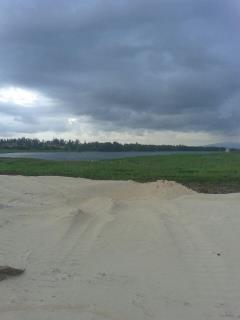 Bán đất ven sông, gần biển, giá hấp dẫn, ck cao.0905838022