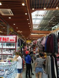 Sang shop mt nguyễn lương bằng q7 giá chỉ 200 triệu/shop