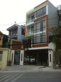 Cho thuê cả nhà 5 tầng hoặc tầng 1, 2, 3 view đảo rều