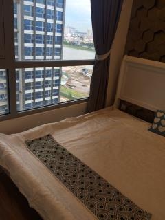 Cho thuê căn hộ cao cấp vinhomes central park 3pn giá tốt