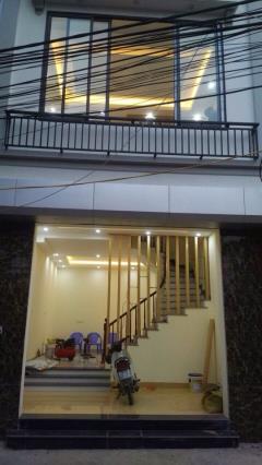 Nhà bán khu thạch bàn long biên 5 tầng mới xây, ngõ rộng 10