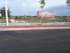 Đã có sổ đỏ, cần bán gấp lô đất kẹp cống cạnh lô góc đ 27m