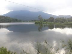 Bán lô đất mặt hồ 6.5ha  lưng tự núi, chân đạp thủy