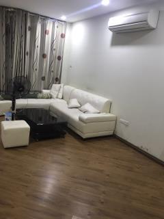 Cho thuê căn hộ topcare 335 xuân thủy, 136m2,3pn, đủ đồ