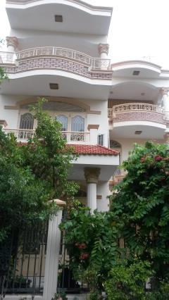 Cho thuê nhà ở 1trệt 2 lầu, đường số 3, p.bình an, dt: 240m