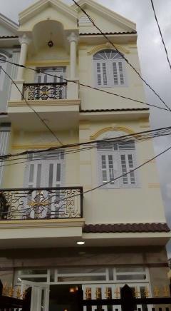 Cần bán nhà phố trong hẻm quận 7 đường huỳnh tấn phát
